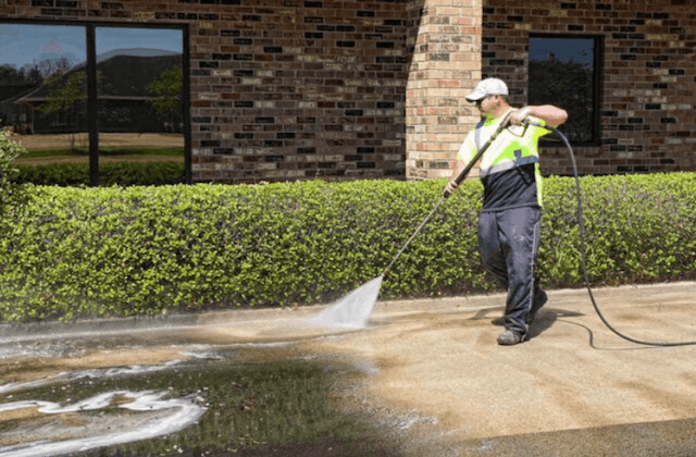 commercial concrete cleaning in arlington heights